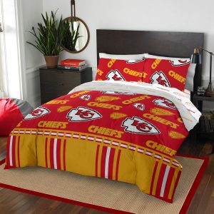 Kansas City Chiefs The Northwest Company 5-Piece Queen Bed in a Bag Set